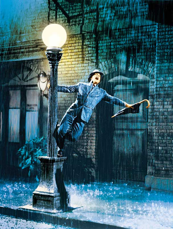 Gene-Kelly-Singing-in-the-Rain(Web)